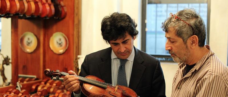 ALBERTO VERONESI y DAVID SEGAL, Luthier en NY