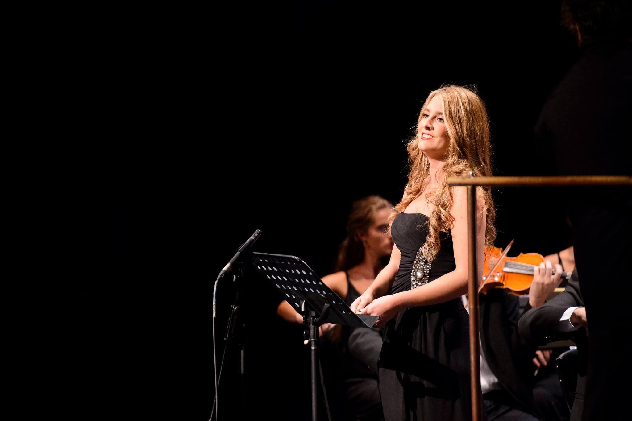 Sofía esparza, Orquesta